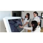 La Clinique Provence-Bourbonne s'équipe d'une table tactile de rééducation cognitive : une première !